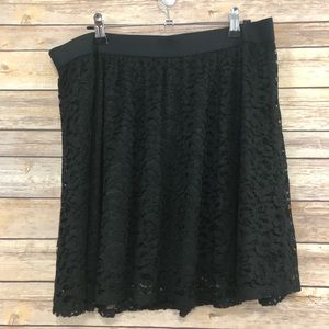 LC Lauren Conrad Lace Skirt